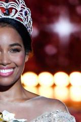 Clémence Botino - sacrée Miss France 2020